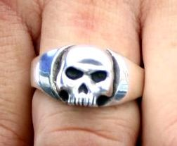 Web Jawless Skull Ring
